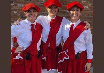 "Jaclyn Lasuen, Elise Overgaard and Kristina Franzoia were the first female dantzaris to perform during ""San Inazio"" in Boise last Saturday (photo Cirbie Sangroniz)"