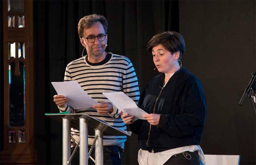 El escritor Harkaitz Cano durante su intervención en Edimburgo