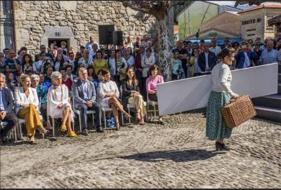 During the theatrical production in Ispaster the Basque Diaspora on five continents (photo Jabi Artaraz)