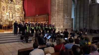 Concert during Euskal Jaia 2019 in Valladolid with the participation of the Sustrai Akordeoi Taldea and Haritz Dantza Taldea from Elgoibar and the local Gure Txoko Basque Choir