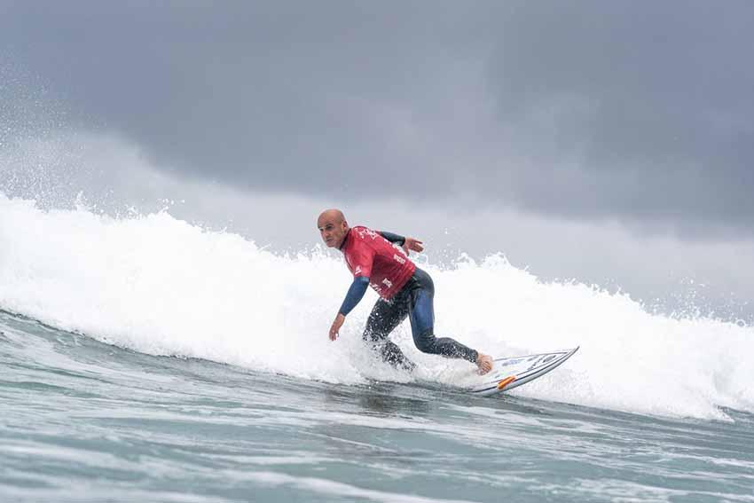 Aitor Francesena, del Basque Team, campeón del Mundo de Surf Adaptado tras imponerse en La Jolla