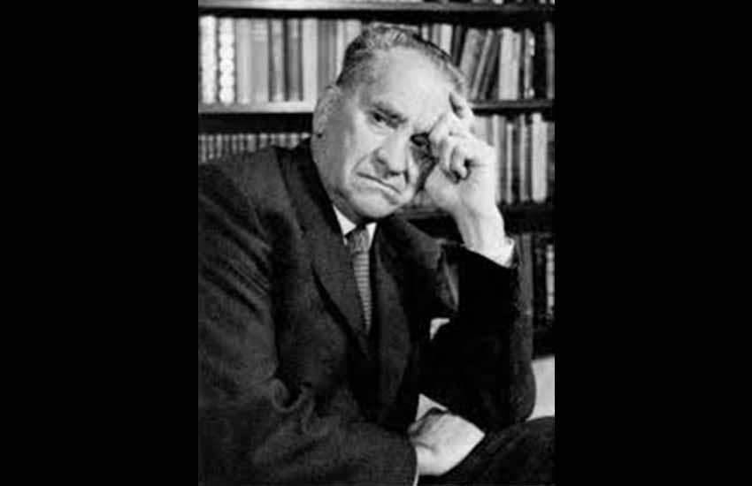 Manuel Irujo Ollo (Estella-Lizarra, 1891 - Iruñea-Pamplona, 1981) politikari nafarra (arg Auñamendi Eusko Entziklopedia)
