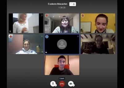 The Euzko Alkartasuna Basque Club in Macachin, Argentina held its first online Basque class yesterday