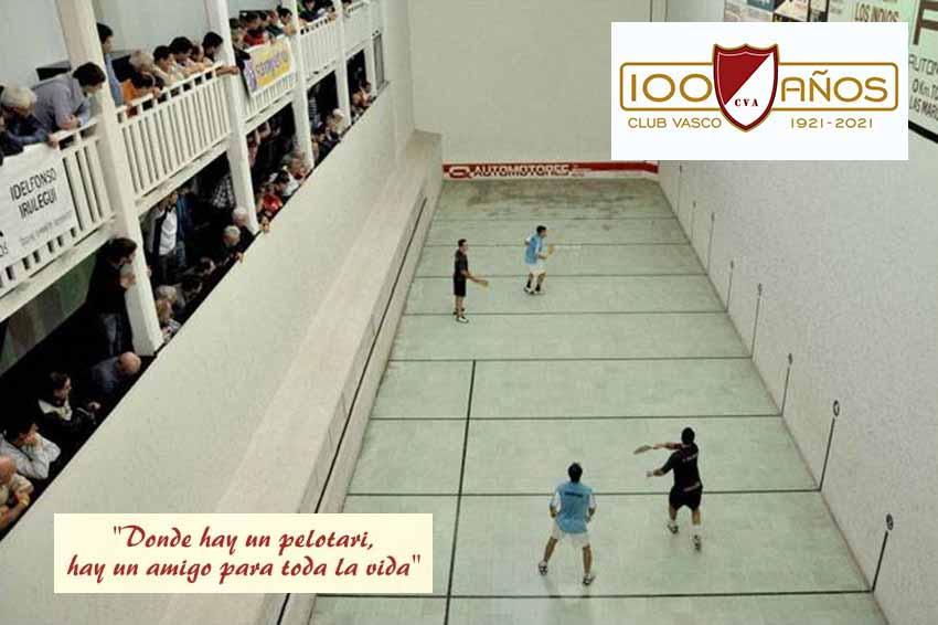 Ya por más de un siglo, el Club Vasco Argentino, un lugar de encuentro entre amigos pelotaris en Concordia (foto ElHeraldo.com.ar)