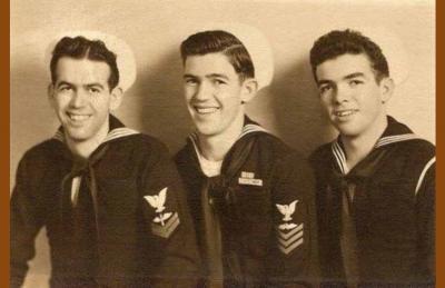 Domingo Amuchastegui (centro) y sus hermanos Julián (izda) y John, también veteranos de la Armada EEUU en la SGM (cortesía familia Amuchastegui)