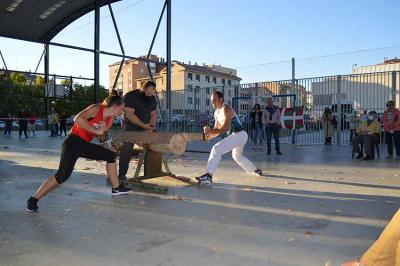 Demonstration of Trontzalaris in Valladolid on September 18th to celebrate the Day of the Basque Diaspora