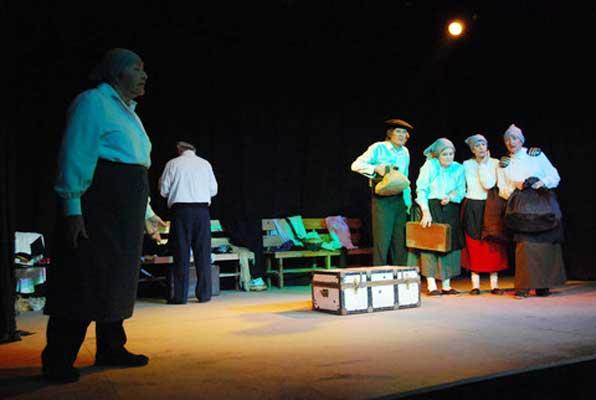 La Huella Vasca, por el grupo de teatro de Urrundik 2011 02